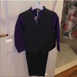 Toddlers boys vest, button down and slacks